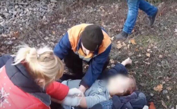 У Дніпрі покалічений під поїздом школяр вийшов з коми: справжнє новорічне диво