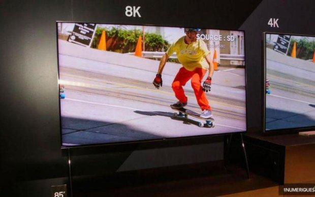 Samsung анонсировала самый крутой телевизор в мире