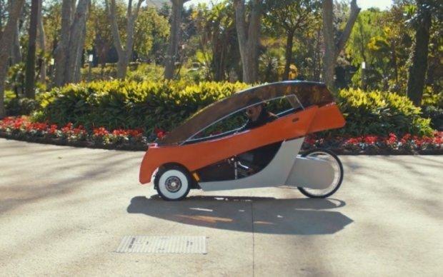 Італієць зібрав авто на сонячних батареях