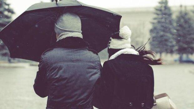 """Києве, зустрічай перший сніг: 31 жовтня столицю раптово """"припорошило"""", що кажуть синоптики"""