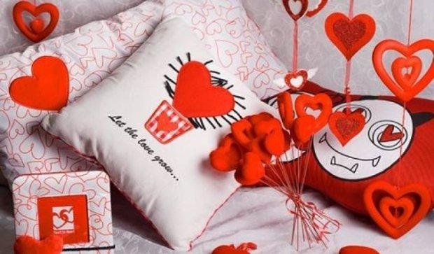 """Украинцы штурмуют поисковики запросом """"День святого Валентина"""""""