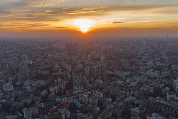 Захід сонця у Києві, фото: Інформатор