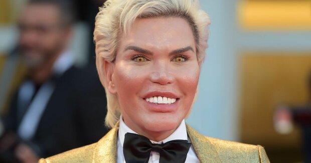 """""""Я Барбі"""": скандальний """"живий Кен"""" хоче відрізати собі пен*с і перетворитися в ляльку"""