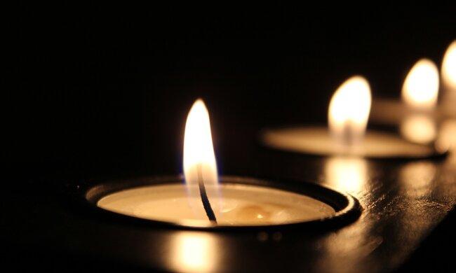 По ком звонит колокол – в Черновцах почтили память героя, вставшего на защиту Украины