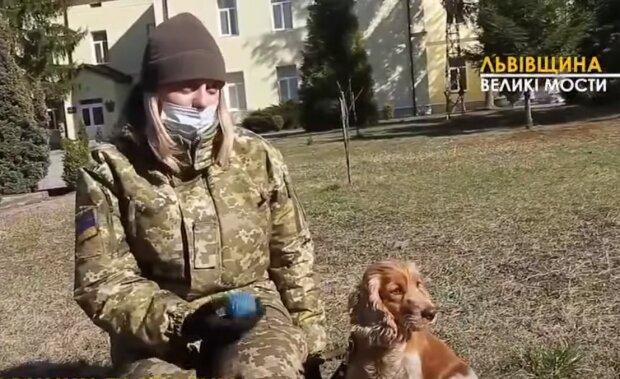 Кінолог зі спанієлем Сонею, фото: кадр з відео