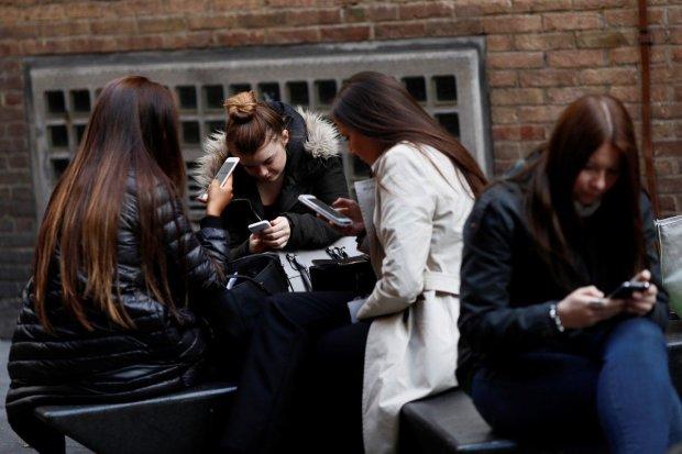 Безліміт зникне по всій Україні: мобільні оператори кардинально змінять роботу, доведеться розкошелитися
