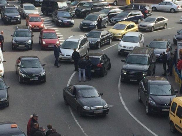 Арештували учасників перестрілки у центрі Києва