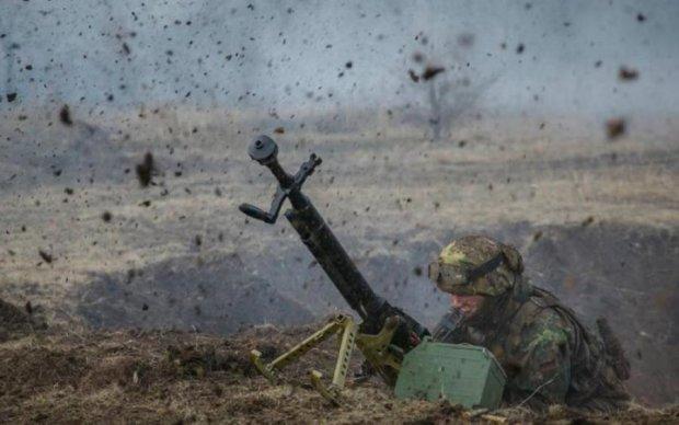 Ад на Донбассе: боевики атаковали украинских героев с запрещенного оружия