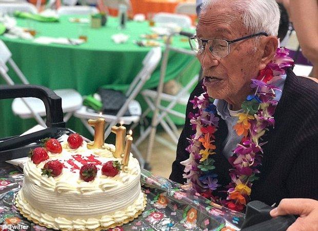 111-летний Генри Ценг
