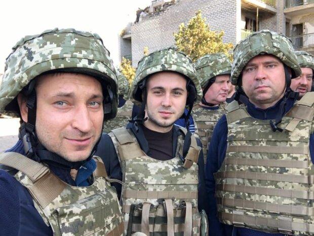 Тарас Тополя з українськими воїнами, фото: Facebook