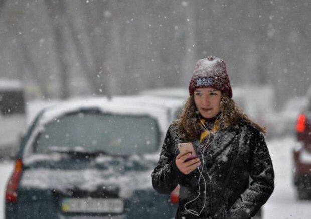 Мобільний зв'язок, фото: Unian