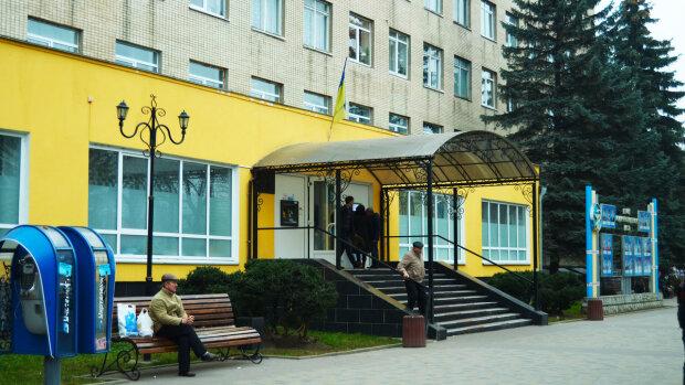 Одессит доматерился до штрафа: что угрожает пенсионеру за острый язык
