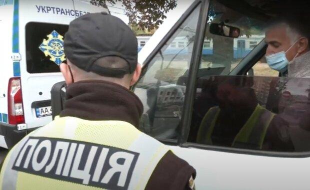 """В Киеве пропал подросток в черном, неделя слез: """"Сыночек, где ты?"""""""