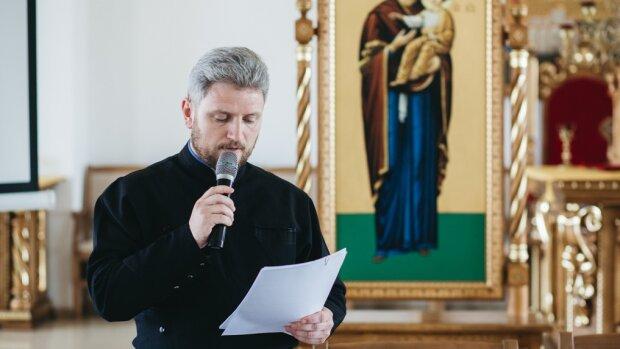 Франковских священников будет учить друг Папы Римского