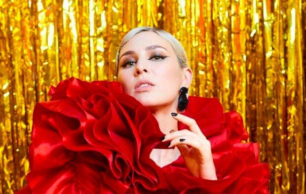 """MARUV вернулась на """"Танцы со звездами"""", теперь она - Медуза-Горгона: попробуйте узнать красотку"""