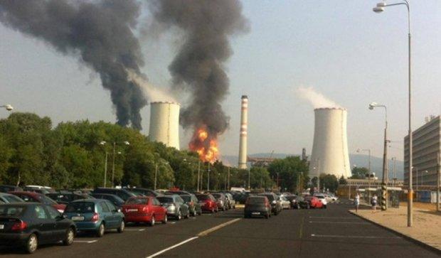 В Чехии взорвался нефтеперерабатывающий завод (видео)