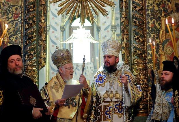 Головне за ніч: тривожна заява Зеленського та Томос для України