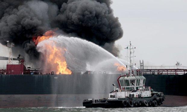 Автогенна катастрофа сколихнула море: чорна димова завіса та сильні опіки членів екіпажу