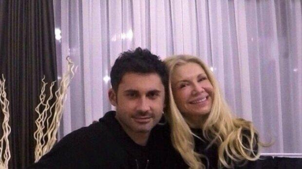 Дан Балан з мамою, скріншот