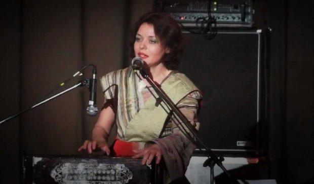 Співачка Мар'яна Садовська вип'є кави з шанувальниками в Києві