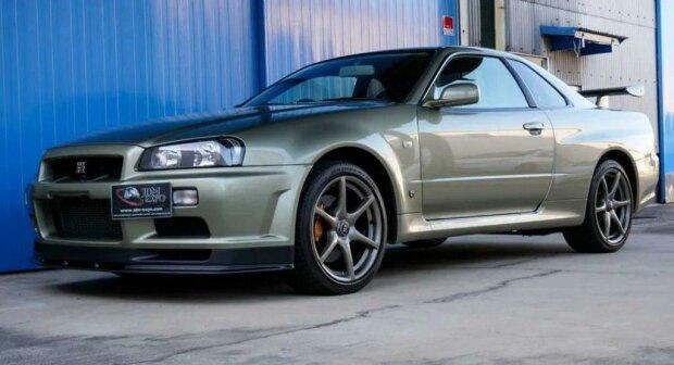 Mileage Nissan Skyline GT-R V-Spec II Nur, carscoops