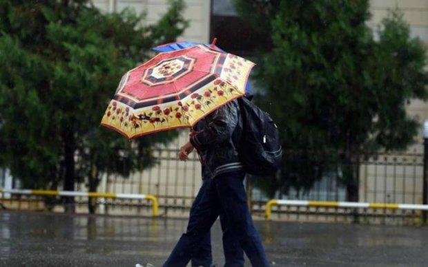 Погода підкоригує плани українців на вихідні