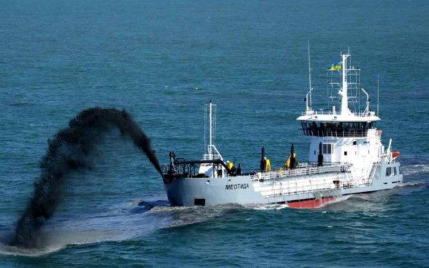 В Україні заговорили про мінування моря: з Росії почувся гавкіт