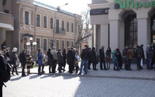 Украинцы массово гребут кредиты