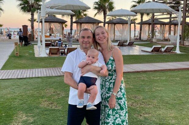 Віктор Павлік з сім'єю, instagram.com/repyahovakate