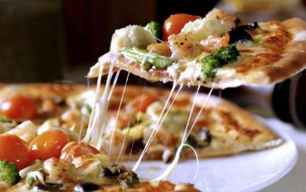 Просто та смачно: як приготувати ідеальну піцу вдома