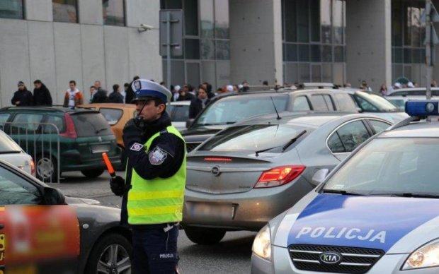Поліція Варшави розшукує 13-річну українку: фото