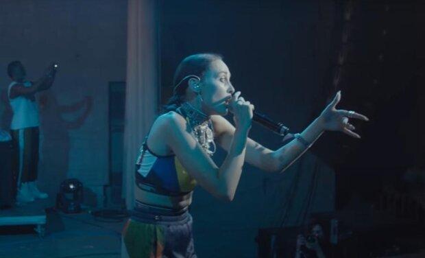 Аліна Паш, кадр з кліпу