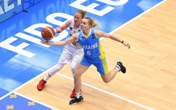 Україна виграла останній матч групової стадії жіночого Євробаскету