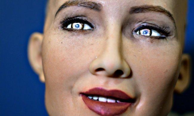 Майбутнє близько: відрізніть по фото справжню людину від створеної нейромережею