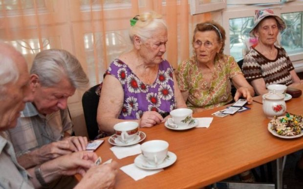 В Україні затримують пенсії: що сталося