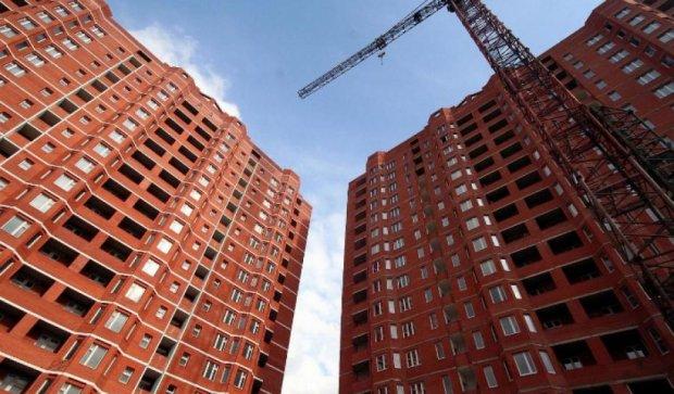 Квартиры на 10-18 этажах  продали  в российской девятиэтажке