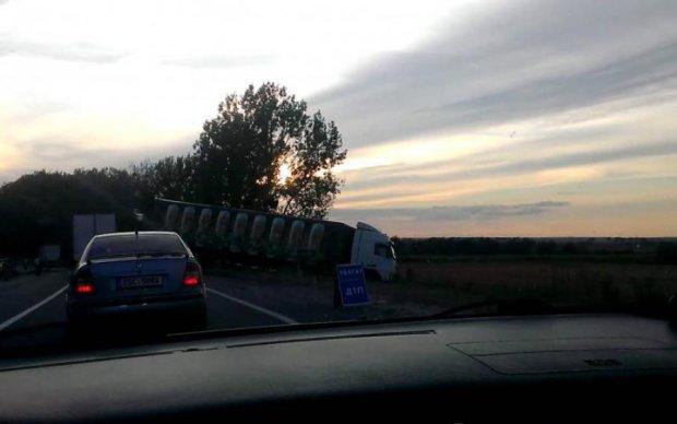 Пункт призначення наживо: українці потрапили в страшну аварію
