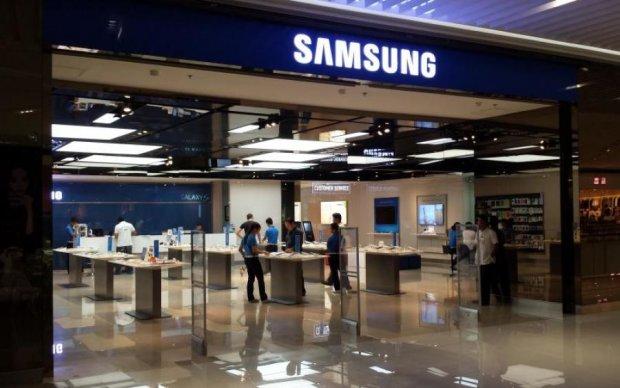 Samsung випадково сам собі напаскудив