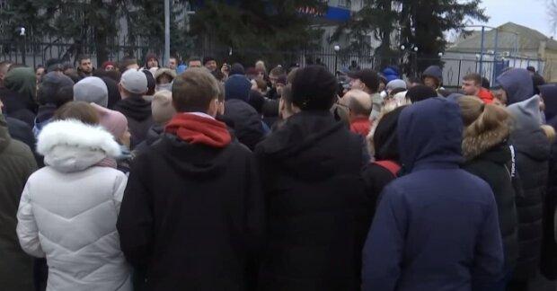 Главные новости за 5 января: украинца отправляют в космос, школы остаются ни с чем, люди умоляют Зеленского