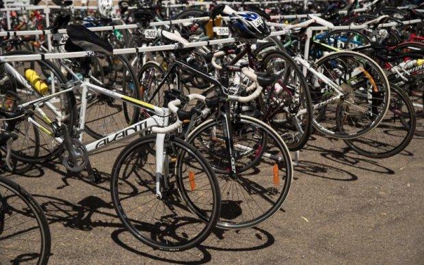 На велоперегонах в Італії стався справжній курйоз