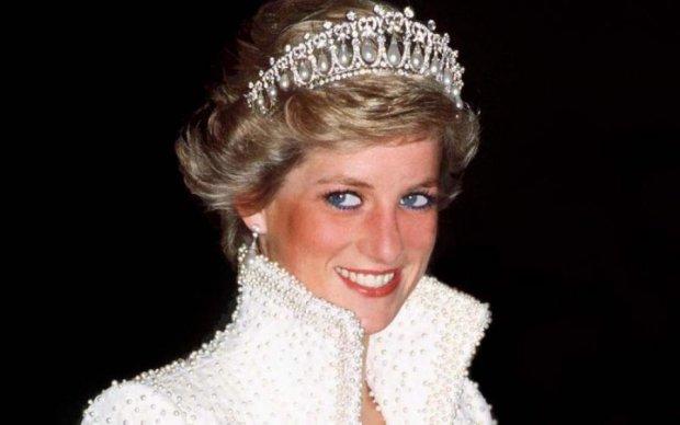 Покойная Диана рассорила королевскую семью