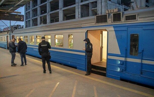 """Внезапная смерть в поезде """"Укрзализныци"""", мужчина не дождался скорой"""