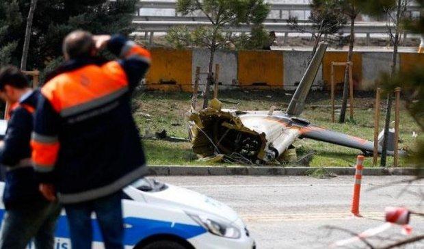 Крушение вертолета в Стамбуле: соцсети быстро нашли причину