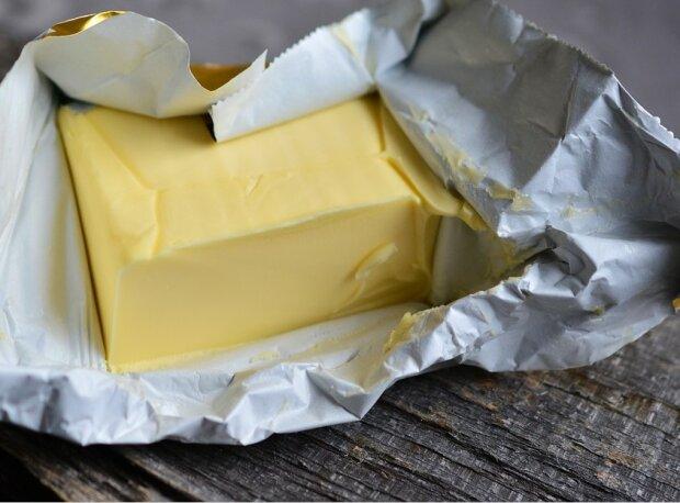 Масло, фото з вільних джерел