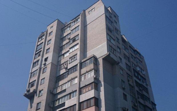 Полицейской без ноги дали квартиру на 11-м этаже