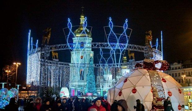 """Выделенные из бюджета Киева 6,5 млн на Новый год - как """"сквозь сито"""": на праздничные локации на самом деле не пошло ни одной гривны"""