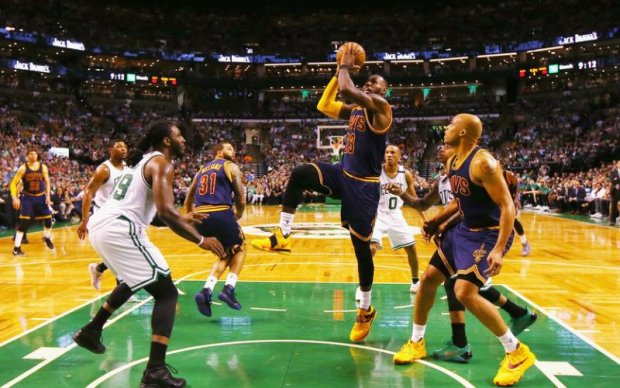 НБА: Клівленд знищив Бостон, перемігши з різницею в 44 очки