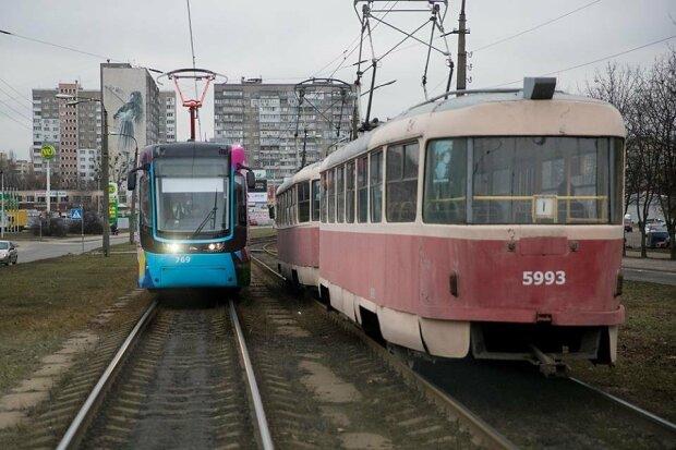 У Києві обмежили рух трамваїв: як тепер добиратися