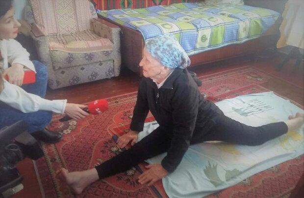 Пенсионерка села на шпагат в 93 года, фото: ТСН