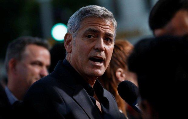 Джордж Клуні захистить геїв від смертельної небезпеки: вчинок справжнього чоловіка